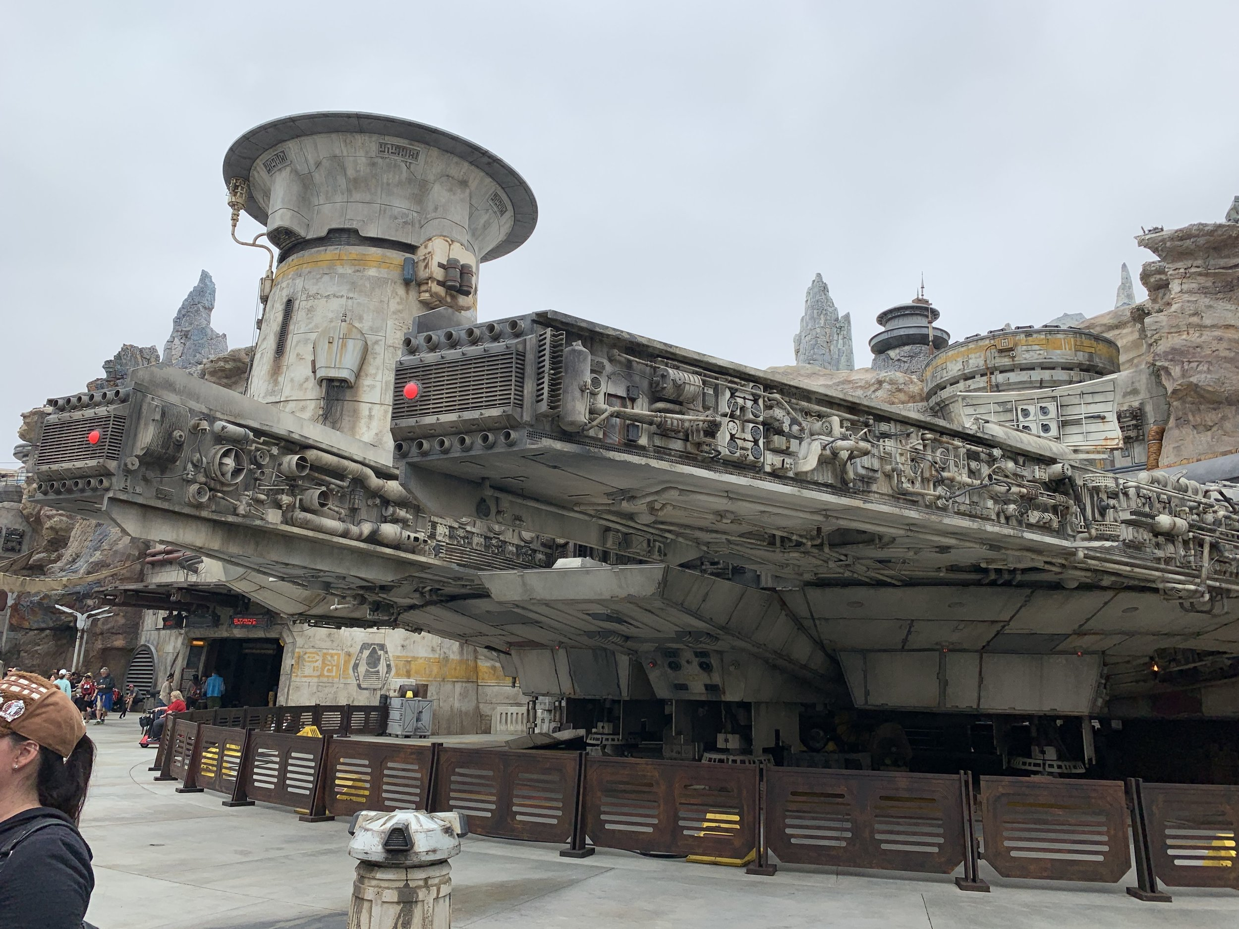 One of the coolest parts of Batuu is coming up close with the legendary Millennium Falcon