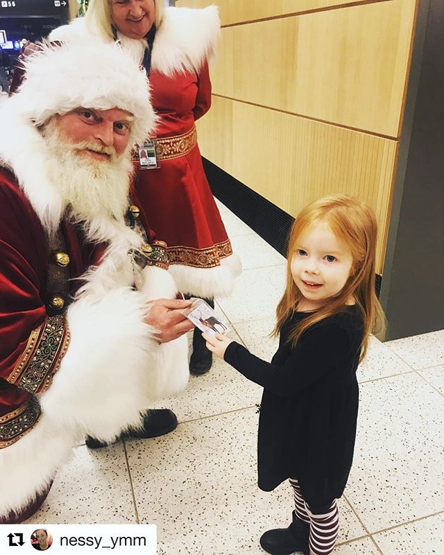 Being so close to the North Pole has perks. Santa 🎅 and Mrs. Clause made a quick visit to @flyymm today, checking on the girls & boys travelling for the holidays. Who knows, you may see them a few times over the next couple days at #YMMAirport #YMM #santa #travel  #Repost @nessy_ymm ・・・ Awesome way to start the day!!! Thanks @flyymm #homefortheholidays #westjet #firsttimeintenyears #xmas2018 #crosscountrytrip #nfldbound #flyymm