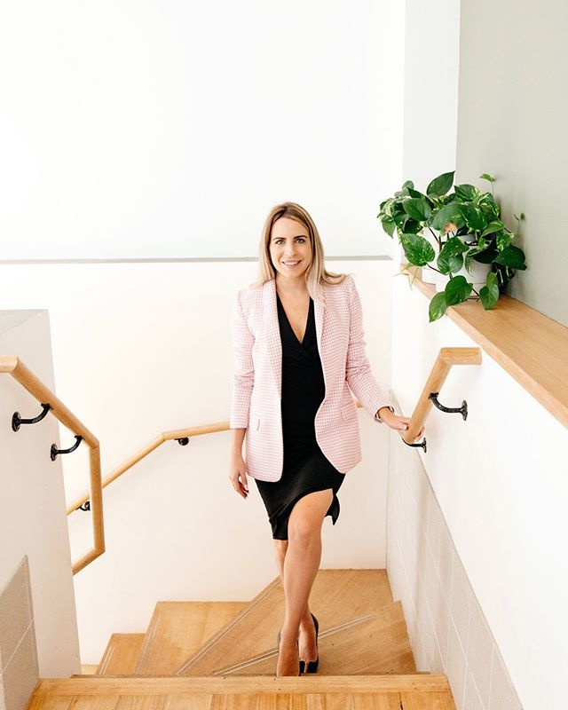Walking into the weekend like..... Officially announcing my partnership with @media_stable as their media trainer for South-East QLD.  Tomorrow I am off to the Public Speakers Association Conference to speak to attendees about my top tips for maximising media coverage.  #mediastable #mediatraining #brisbane #queensland #media #publicspeaking #psaconference19