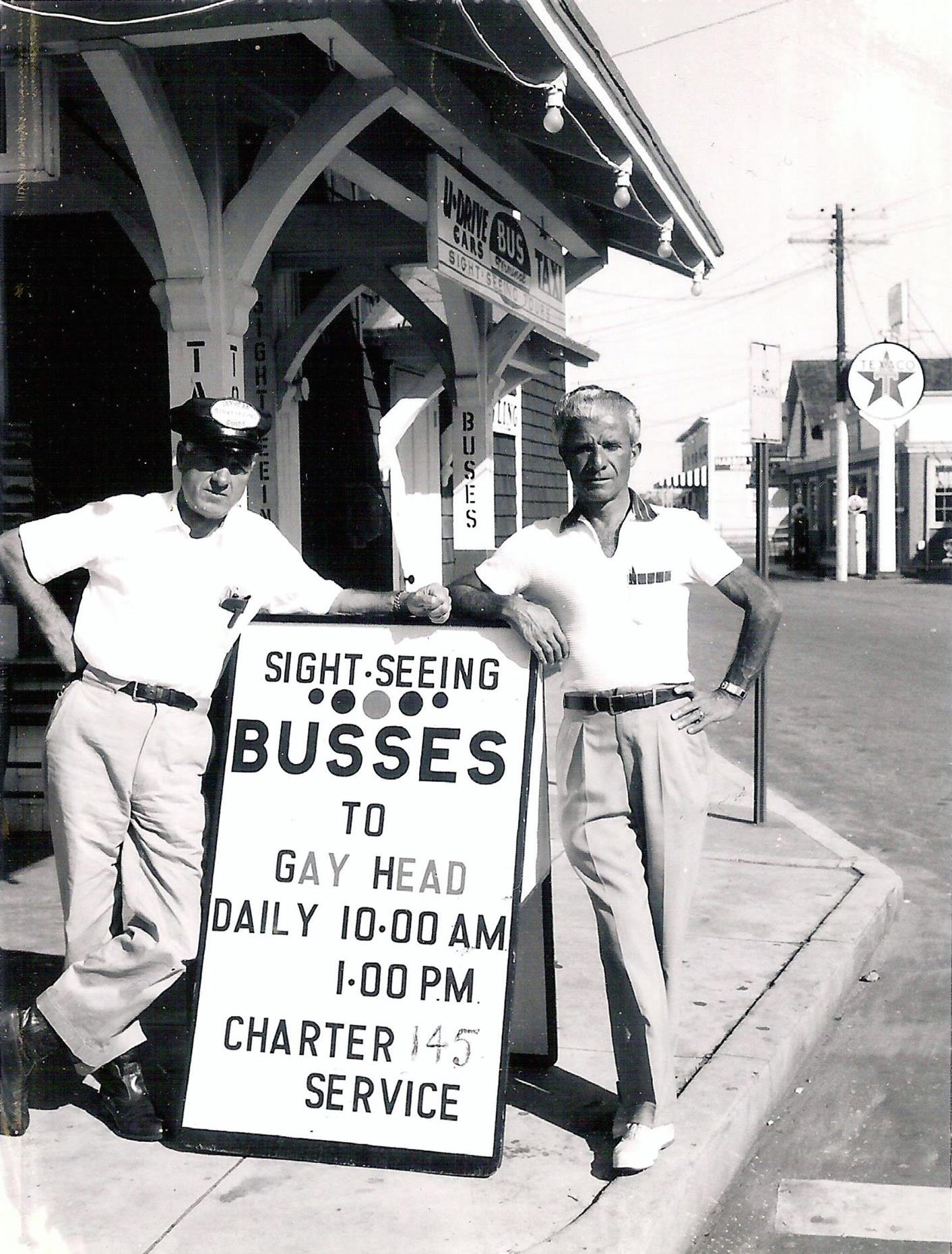 sightseeing buses old photos.jpg