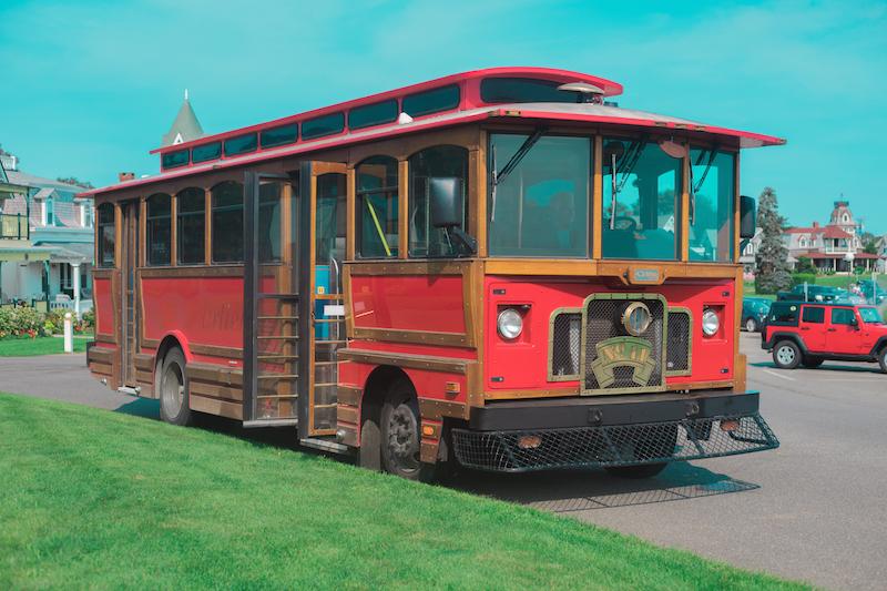 mv_sightseeing_red_trolley_web.jpg