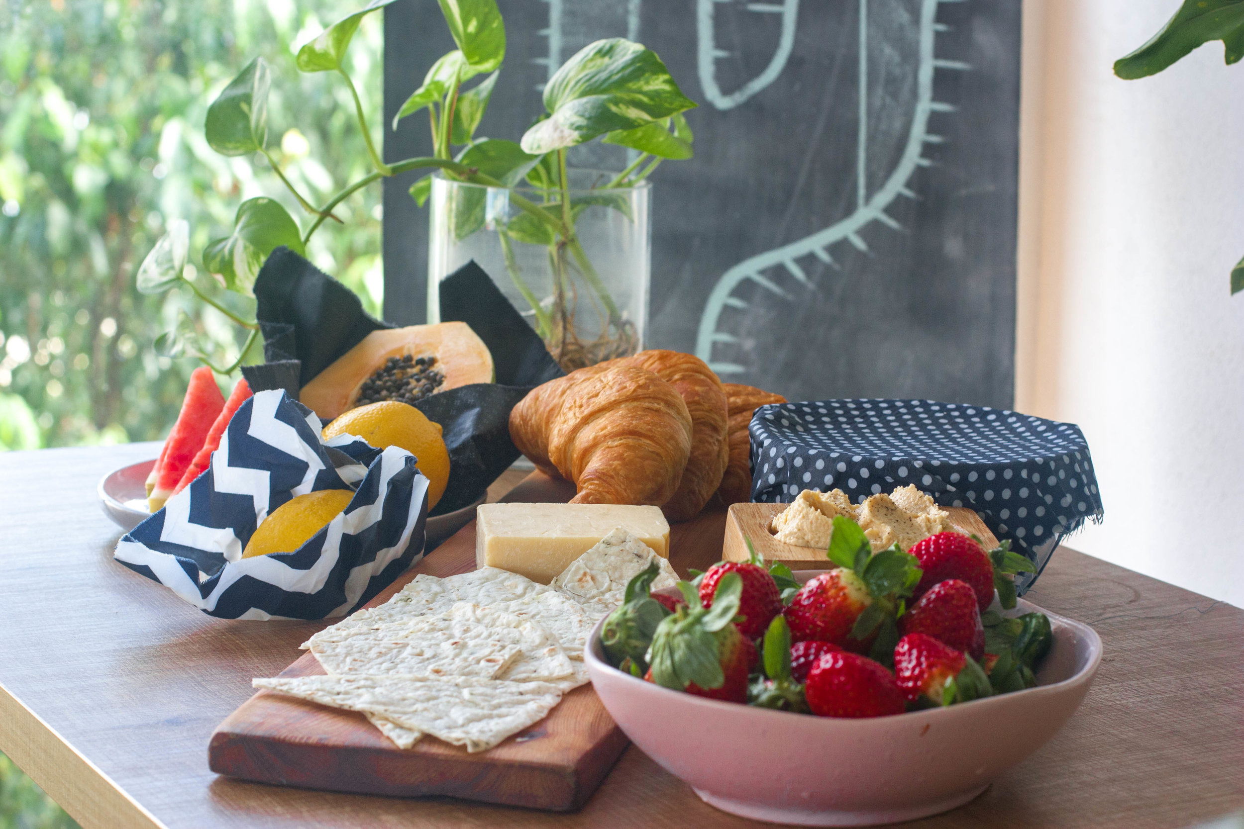 DIY beeswax foodwrap tutorial.jpg