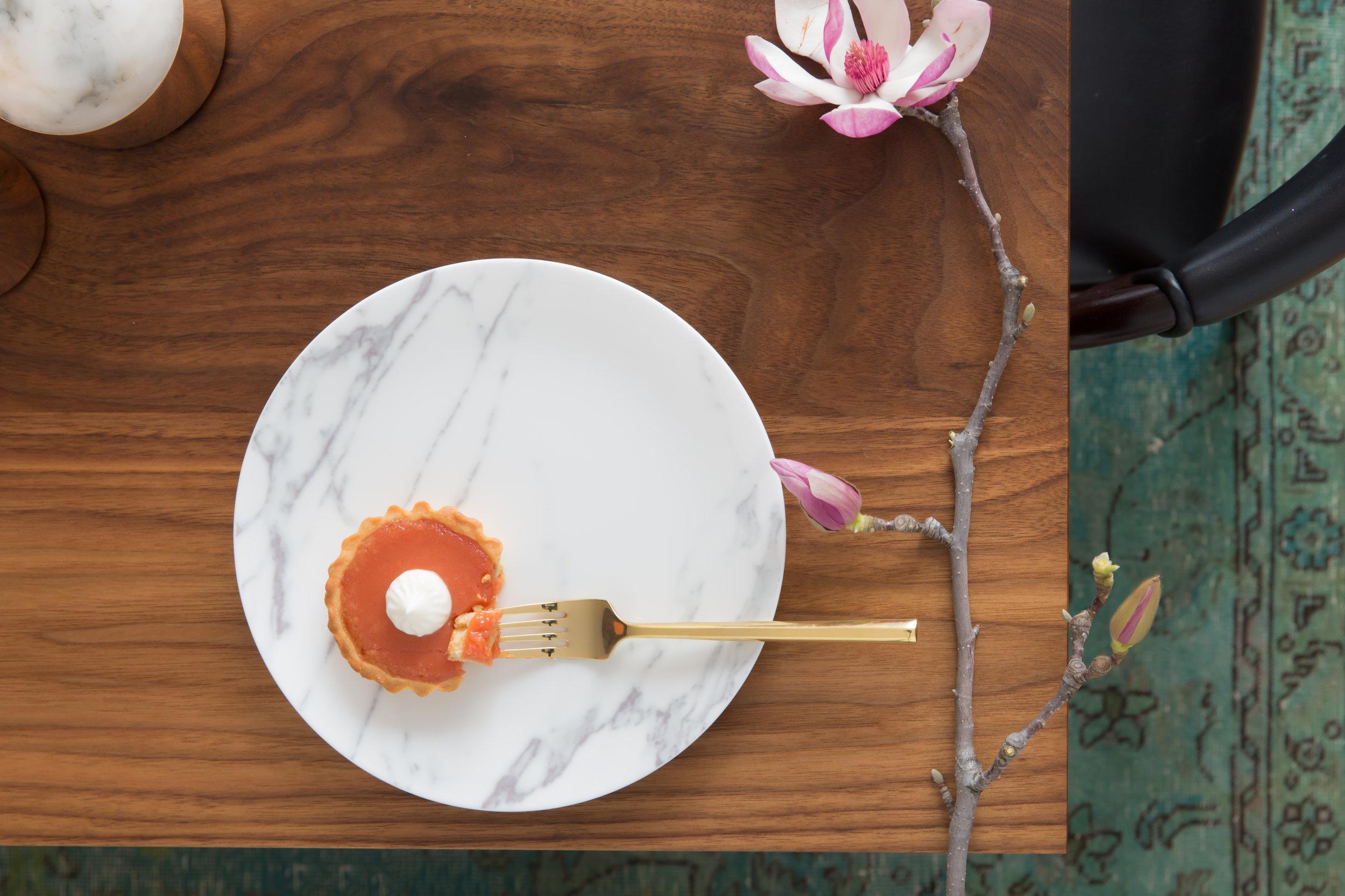 10 RBD Noe Valley Parisian Atelier - Dining Room Vignette.jpg