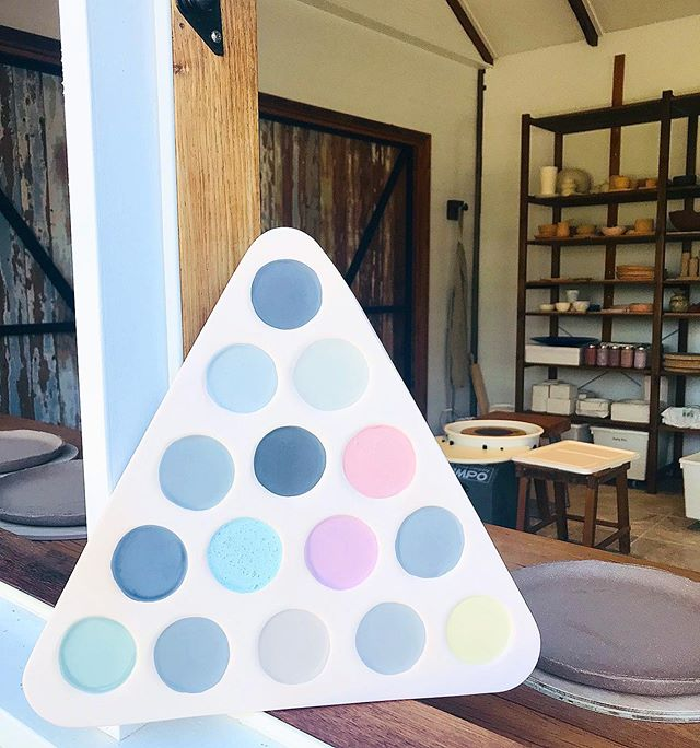 We've got a bunch of new glazes in the studio and I can't WAIT to see this test tile come out of the kiln tomorrow 🤩🎱 . . #glazetests #ceramics #potterystudio #makersmovement #makersgonnamake #makersmessbyronbay