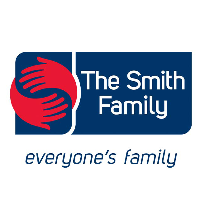 the-smith-family-logo.png