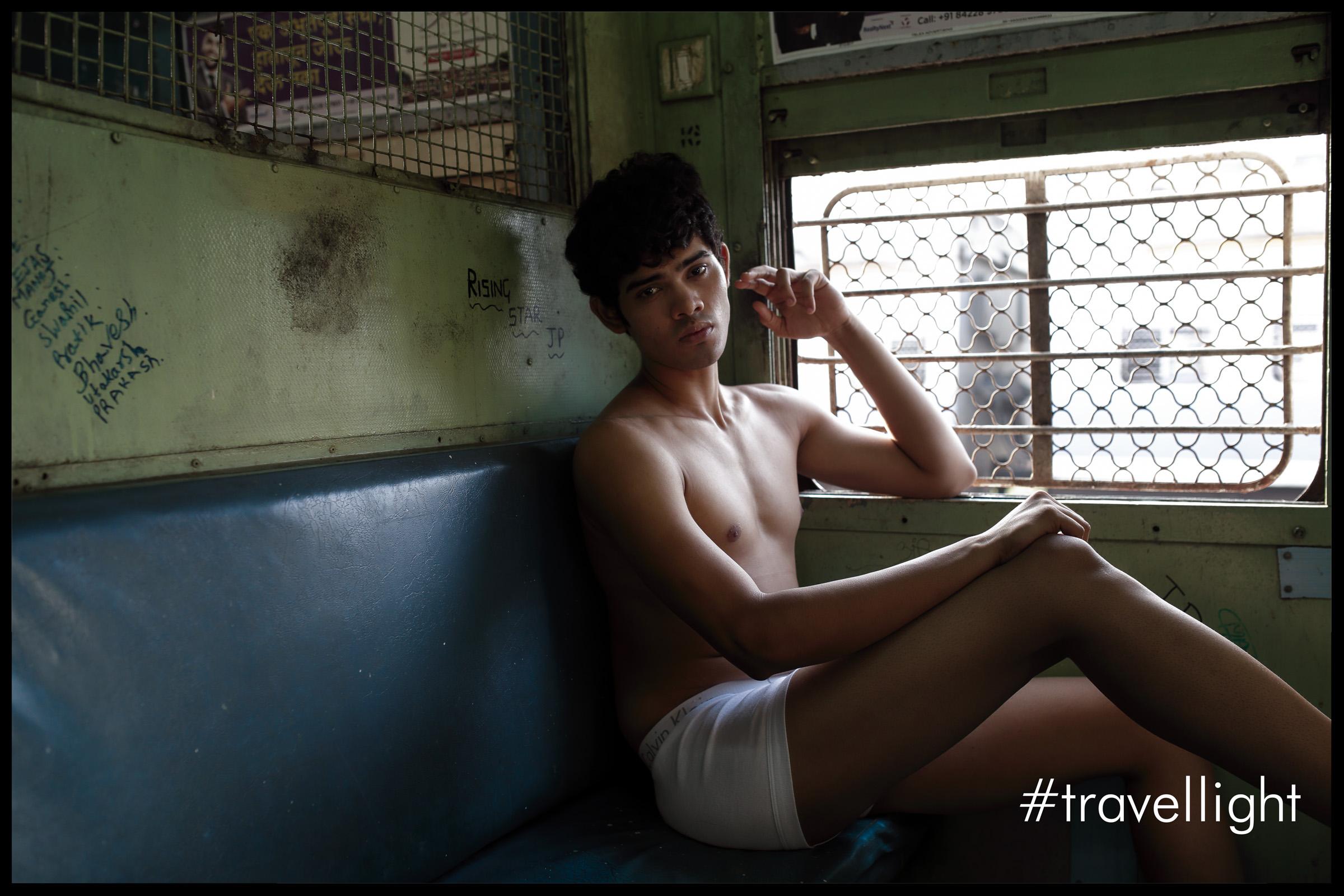 Kriator-Photographer-TravelLight_02.jpg
