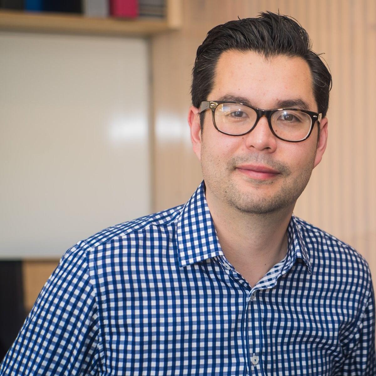 Alan Tsen - GENERAL MANAGER,STONE & CHALKCEO, FINTECH VICTORIA