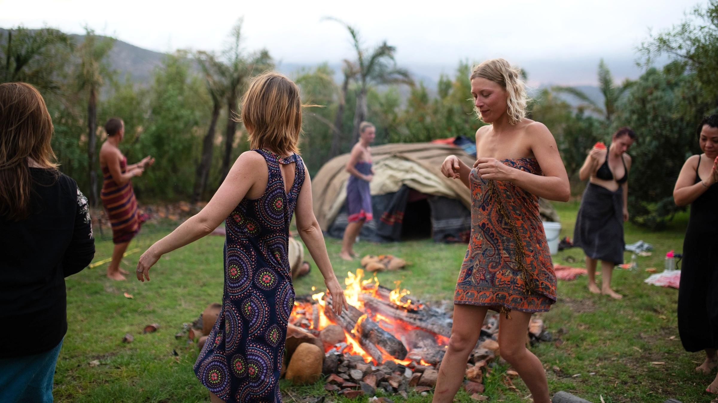 wild-love-women-rewilding-retreat-cape-town-south-africa-herbalism.jpg