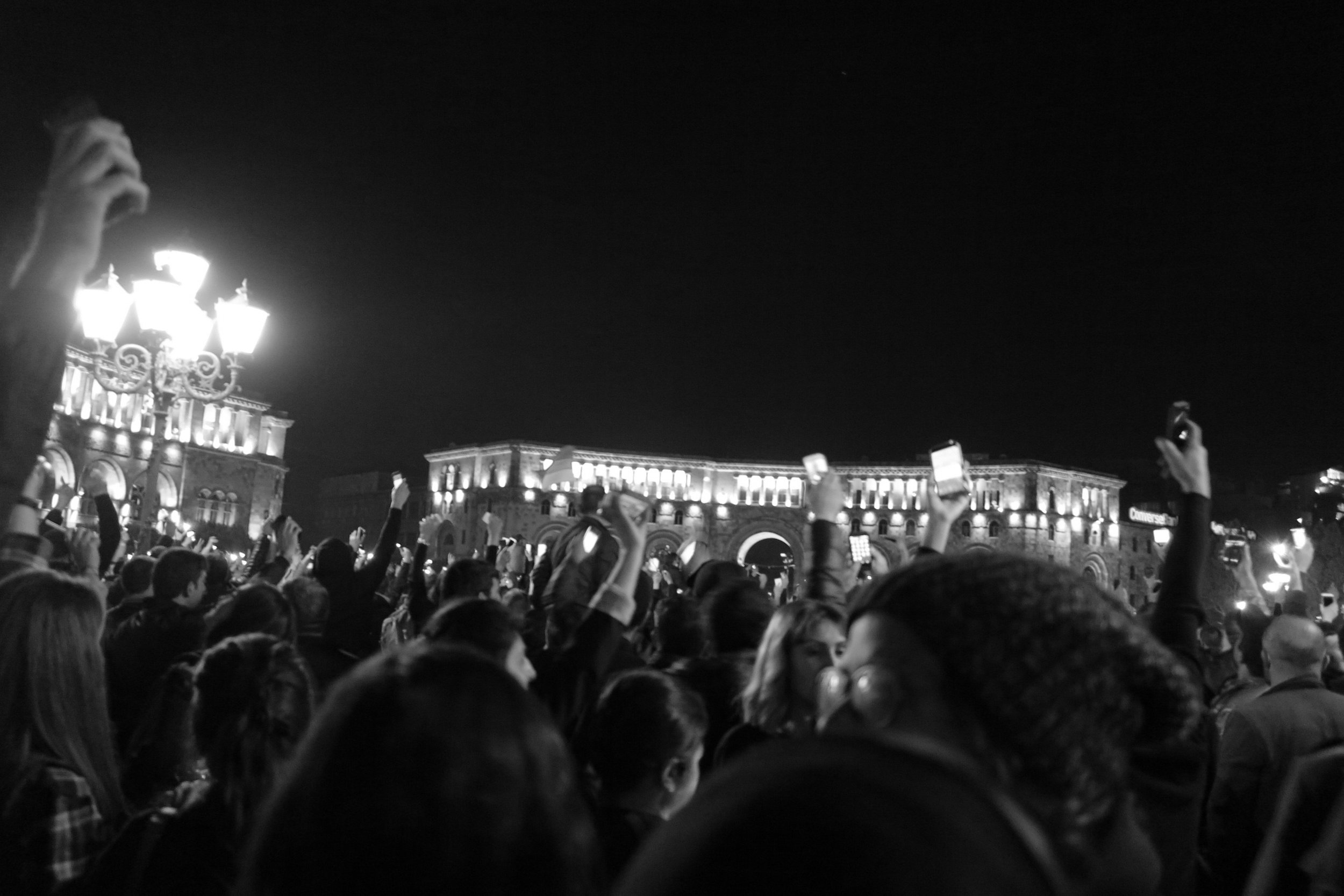 crowds on republic square on april 17th, listening to a speech by nikol pashinyan.