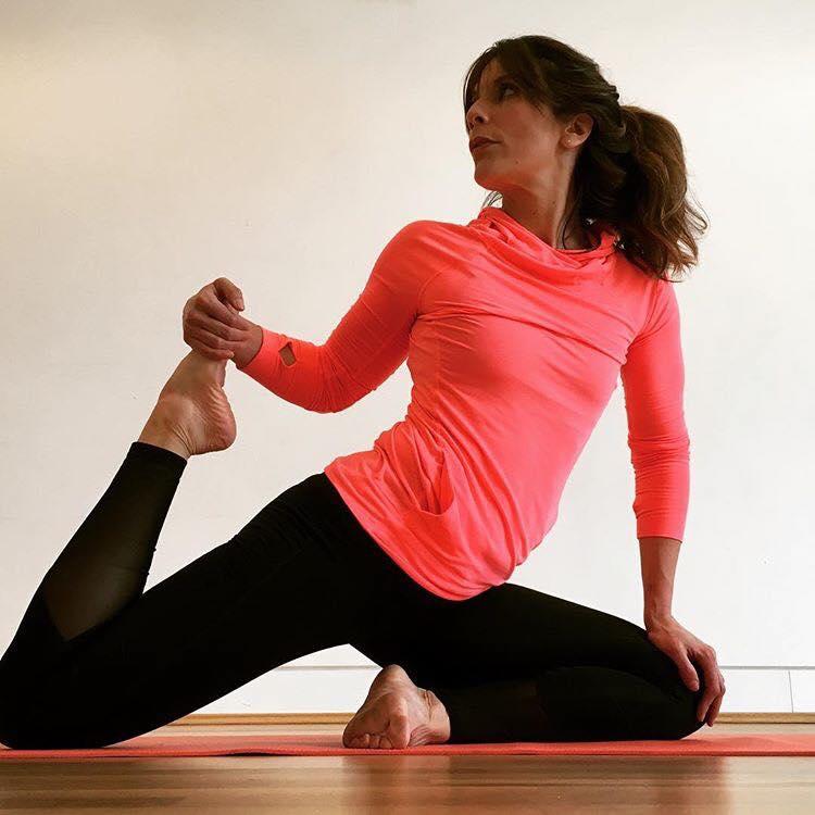 Frankie Yoga (3).jpg