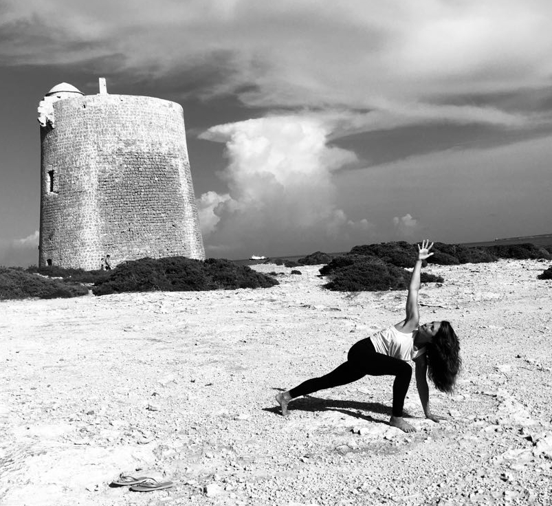 Frankie-Arpino-Yoga-in-Ibiza