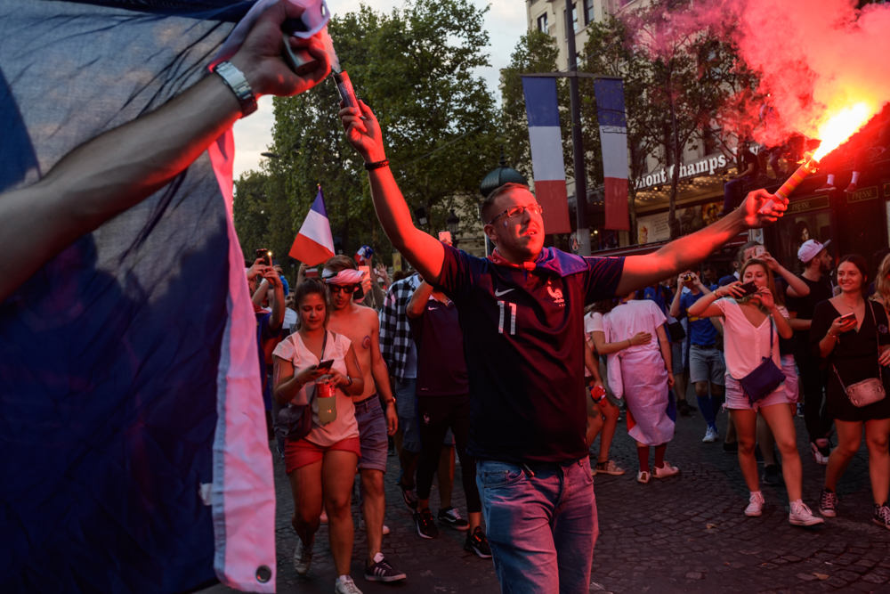World Cup Final, Streets of Paris