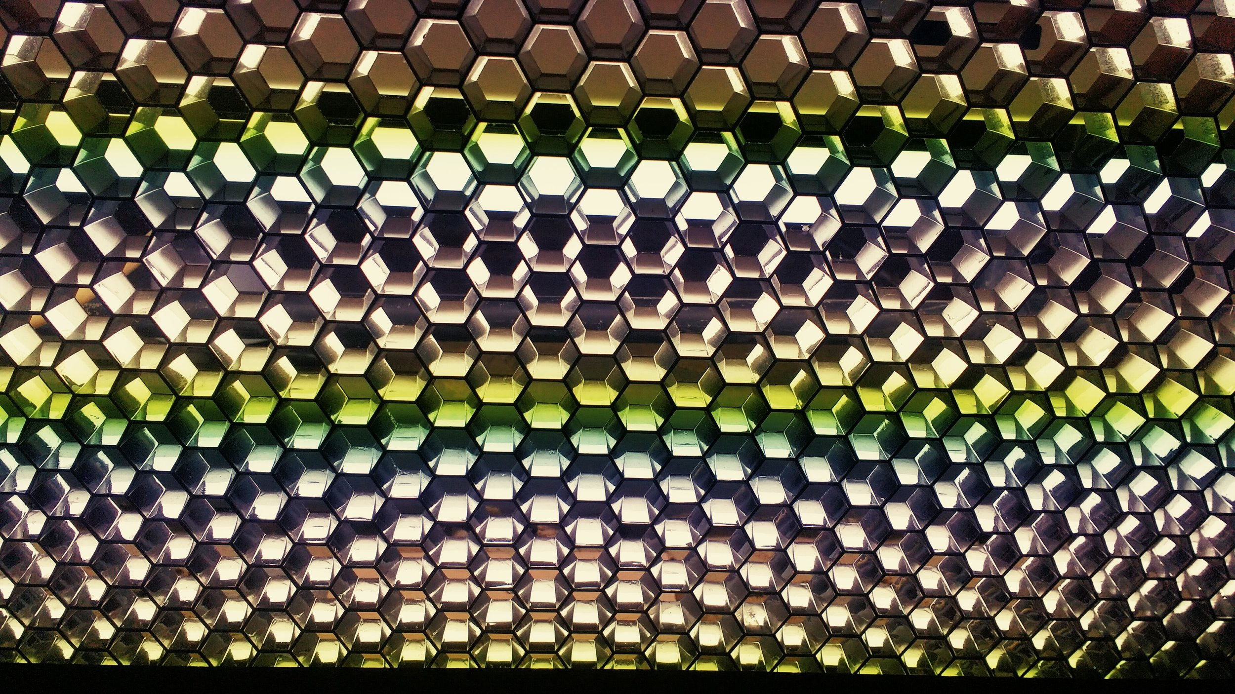 Conflux--hexagonal-roof-light.jpg