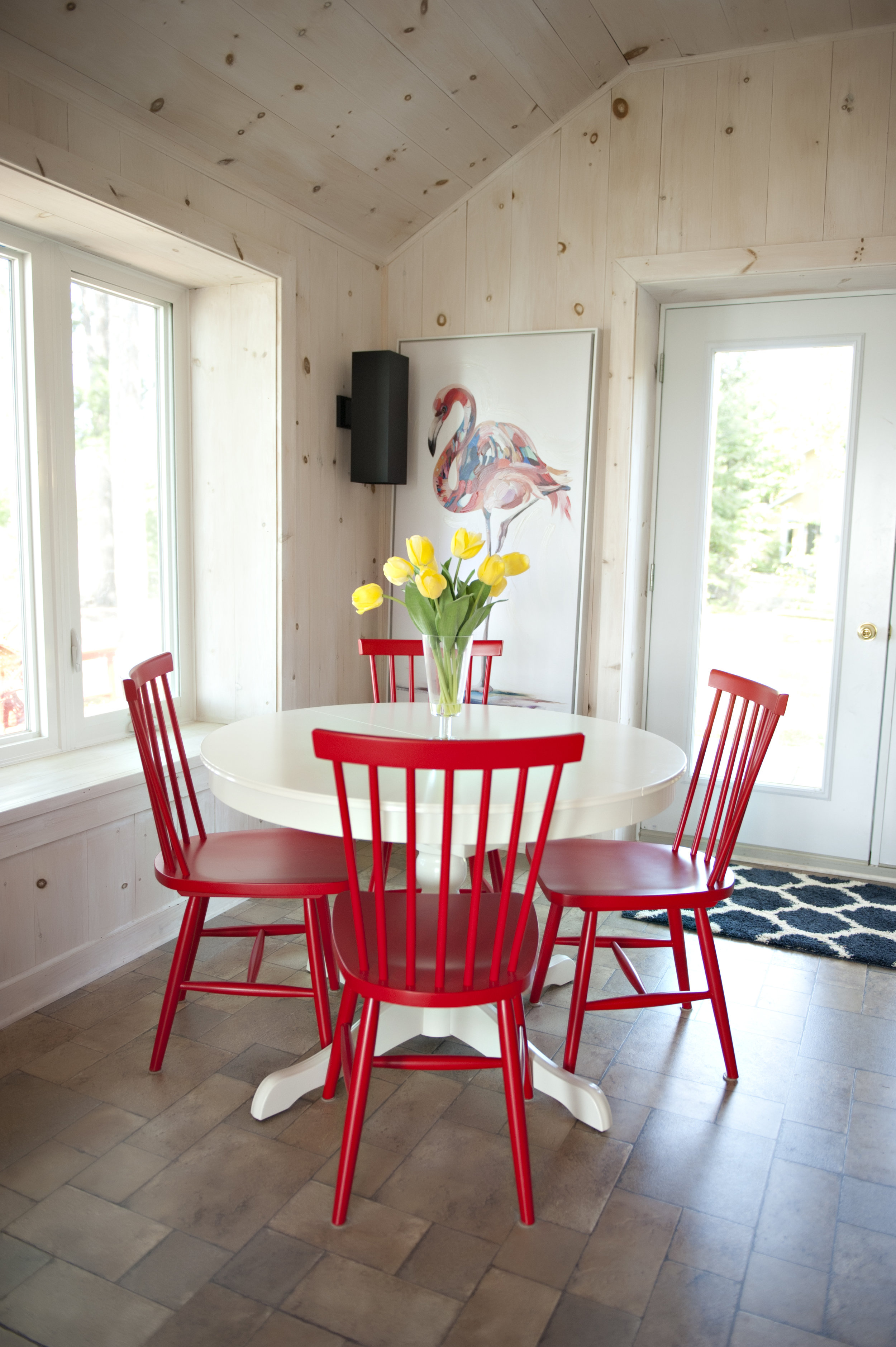 Candace-Plotz-Design-Beach-House-2-Dining-Table-Red-Chairs
