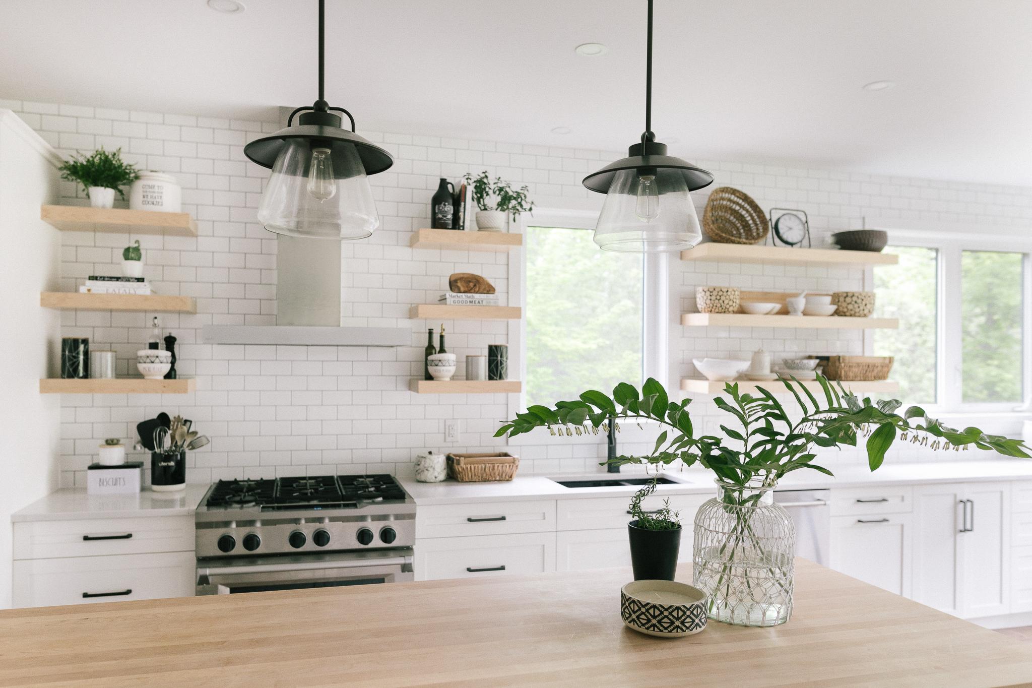 Interior-Design-Carp-Project-Kitchen-Industrial-Lighting