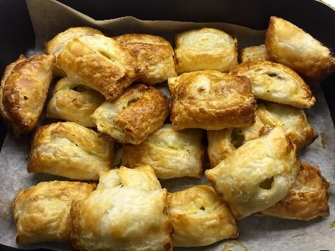 Chicken Sausage Rolls Smartbite Healthy Kids Recipes April 2018.jpg