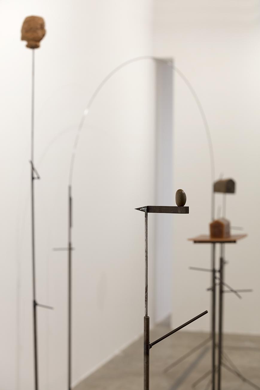 3.Detalhe da Instalação Silencio Invertebrado.jpg
