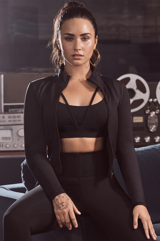 CANON Demi Lovato Fabletics