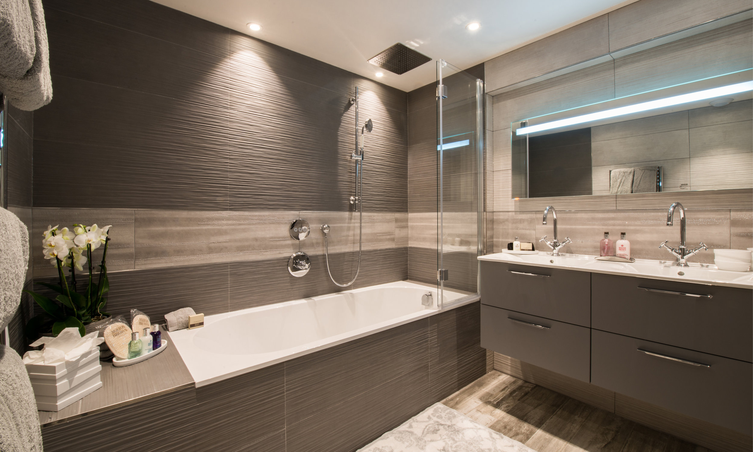Courchevel Luxury rental baths deluxe