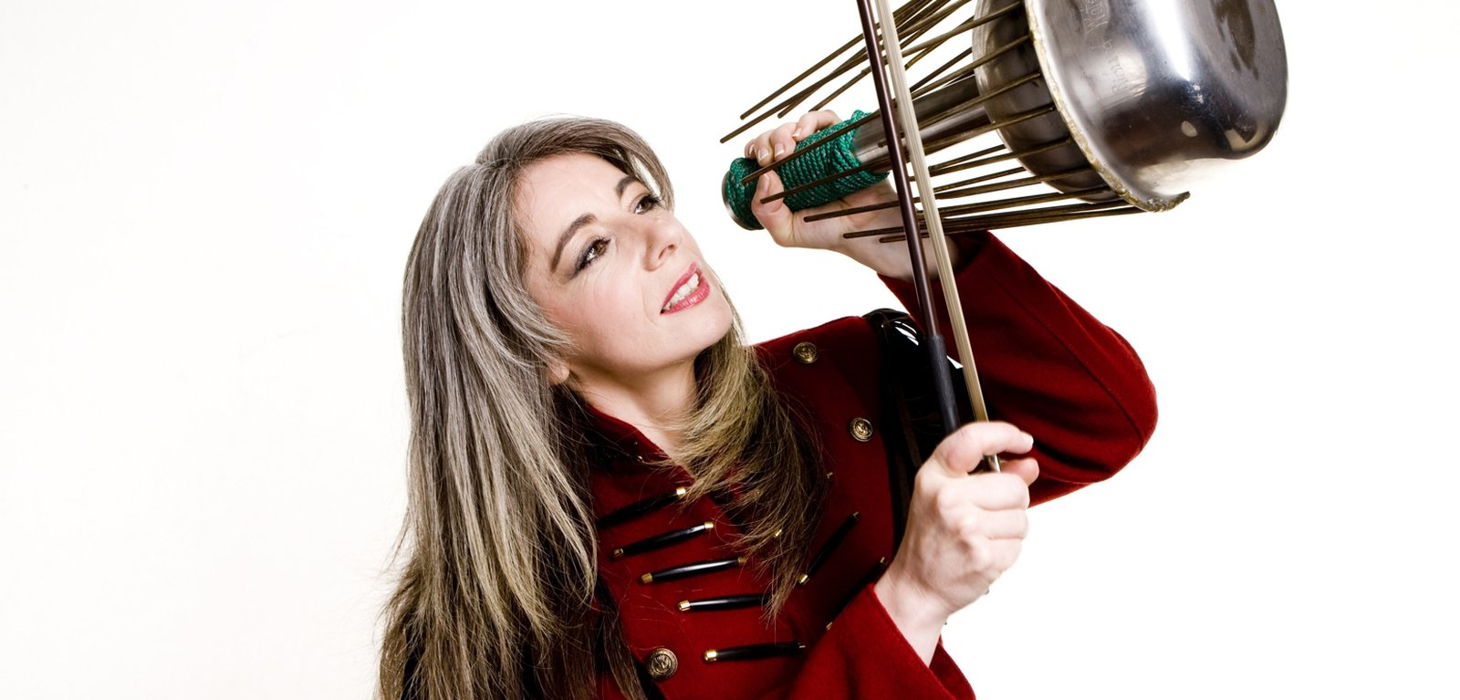 evelyn_glennie_c_jim_callaghan.jpg__1600x768_q85_crop-smart_cropper-media_background-_subsampling-2.jpg