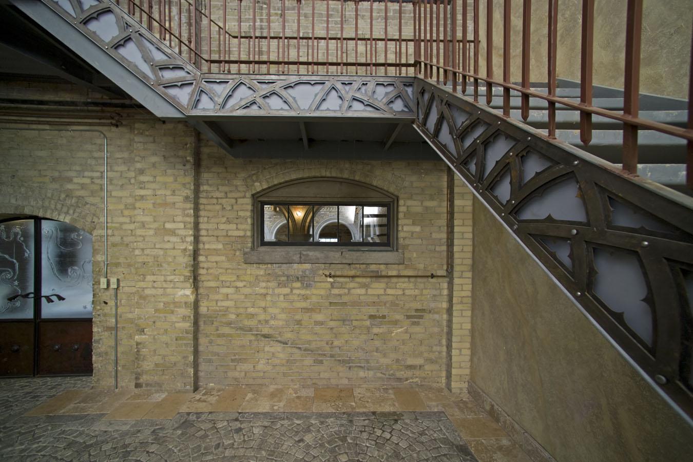 Doyle Entrance.jpg