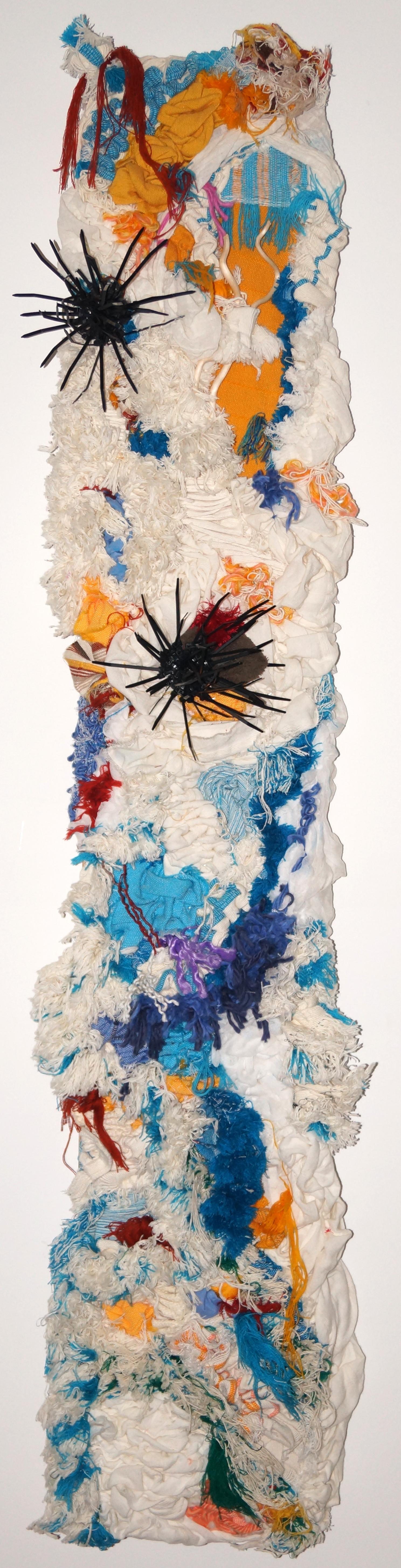 Arrecife, 2011  Técnica Mixta, Materiales Reciclados  150x33cm 14 kilos