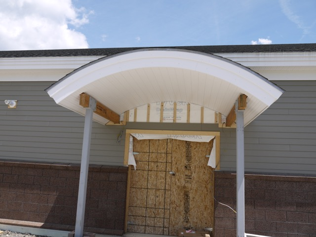 Curved SIP for entrance canopy