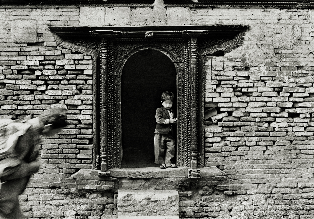 LR_1997_little_man_kathmandu_nepal_andrew_ward_photography_low_res_rm_18.jpg