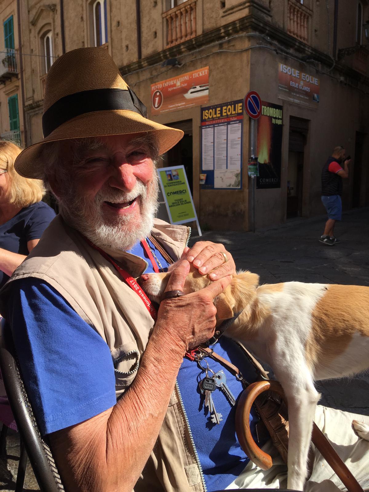 Luigi with dog in Tropea.jpg