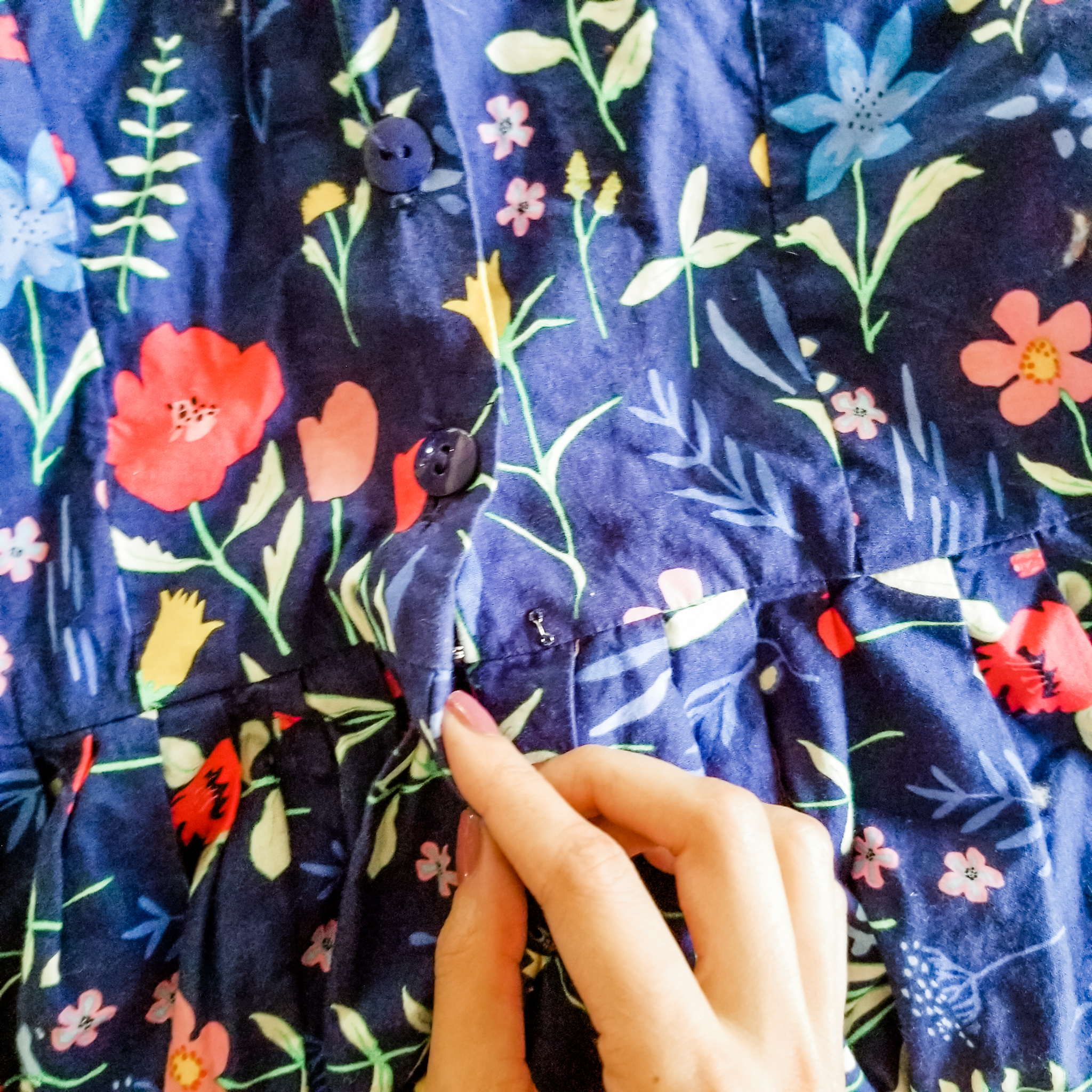 Even after mending this dress I still think I would like to make a different one in another pattern. I really love this dress and the fit but can't seem to wear it due to the floral pattern that just isn't quite for me.