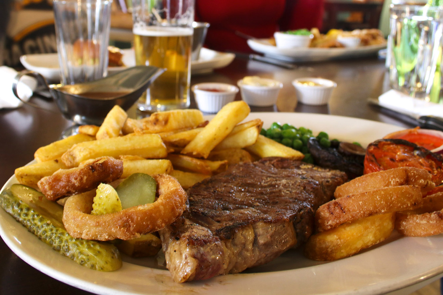 Quality steak & chips served daily in the restaurant at The Berrylands Pub Restaurant, Surbiton