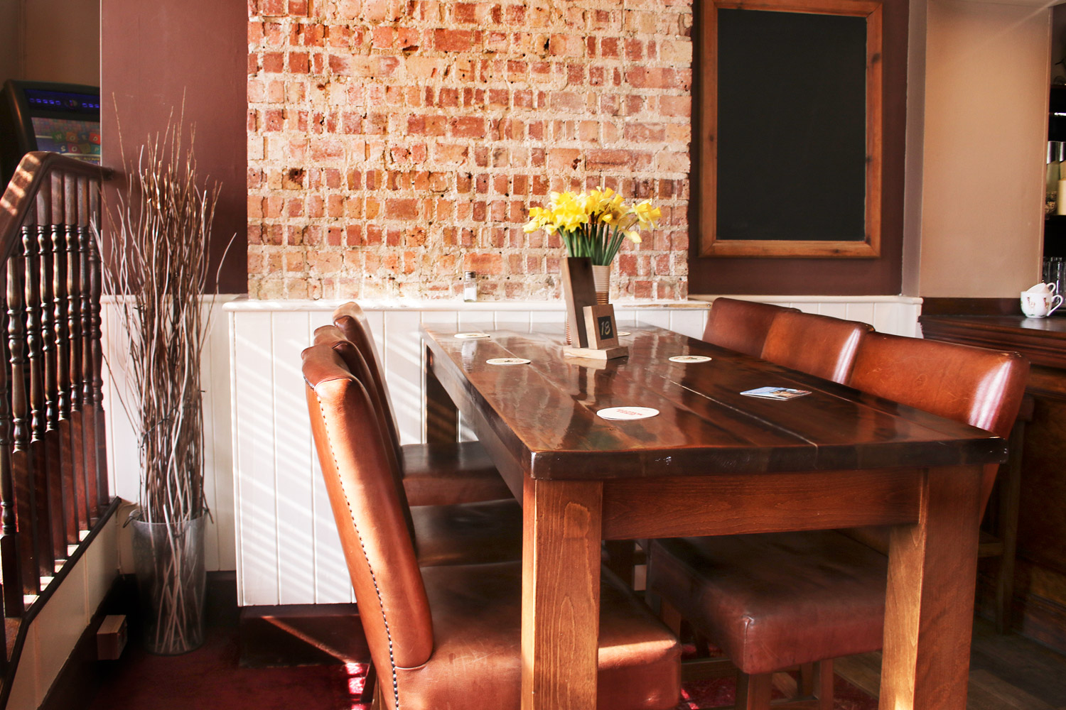 Comfortable & spacious dining at The Berrylands Family Pub Restaurant, Surbiton