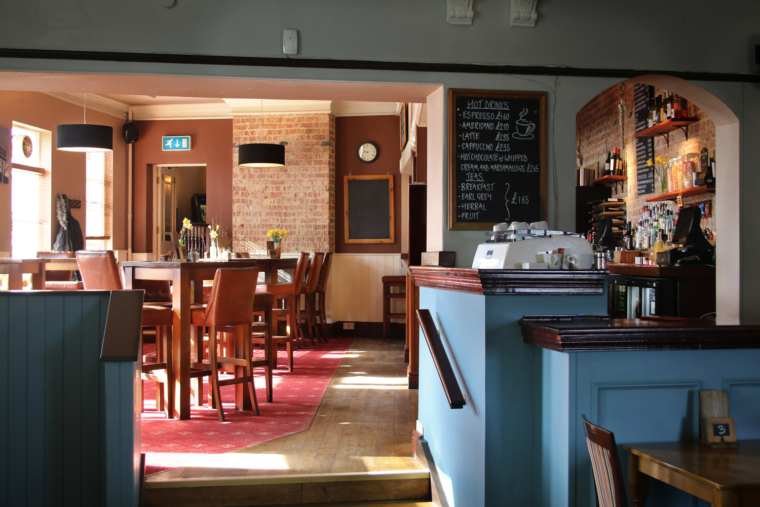 The restaurant at The Berrylands Pub Restaurant, Surbiton - Sunday Roasts are our speciality