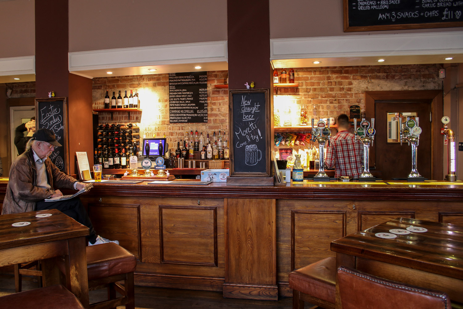 The bar at The Berrylands Pub Restaurant - Wide range of beers, ciders, ales and wines
