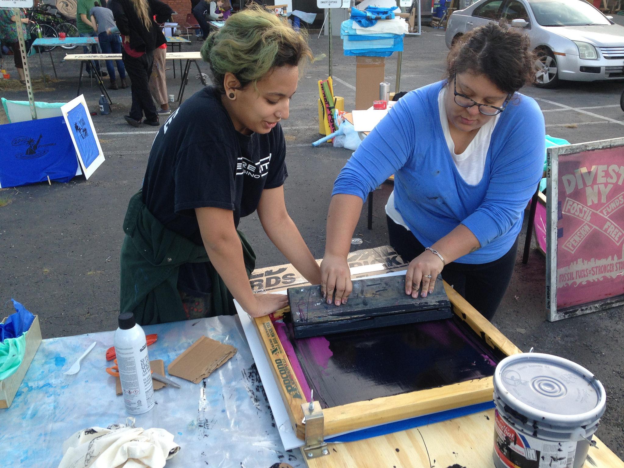 Sandy5 Art Build Photo by  350.org