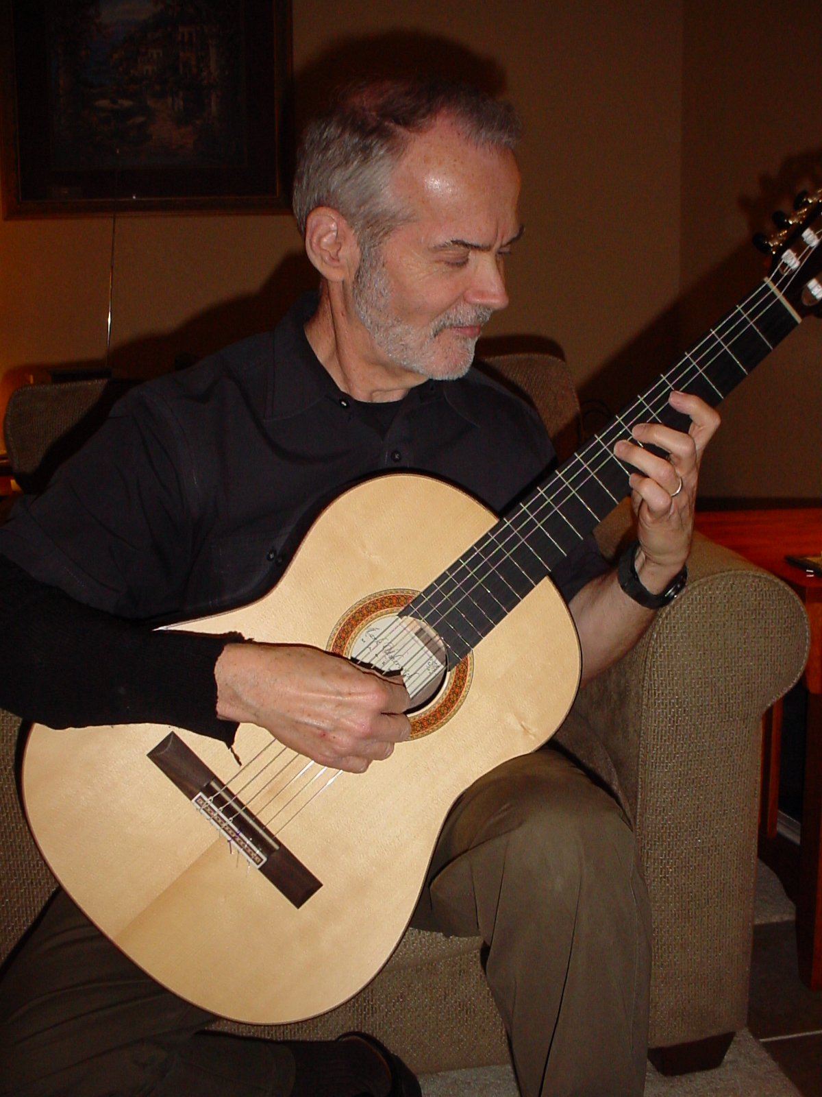 Robert Guthrie  with his 2008 Spruce/Indian Rosewood traditional flamenco model, Dallas, TX.