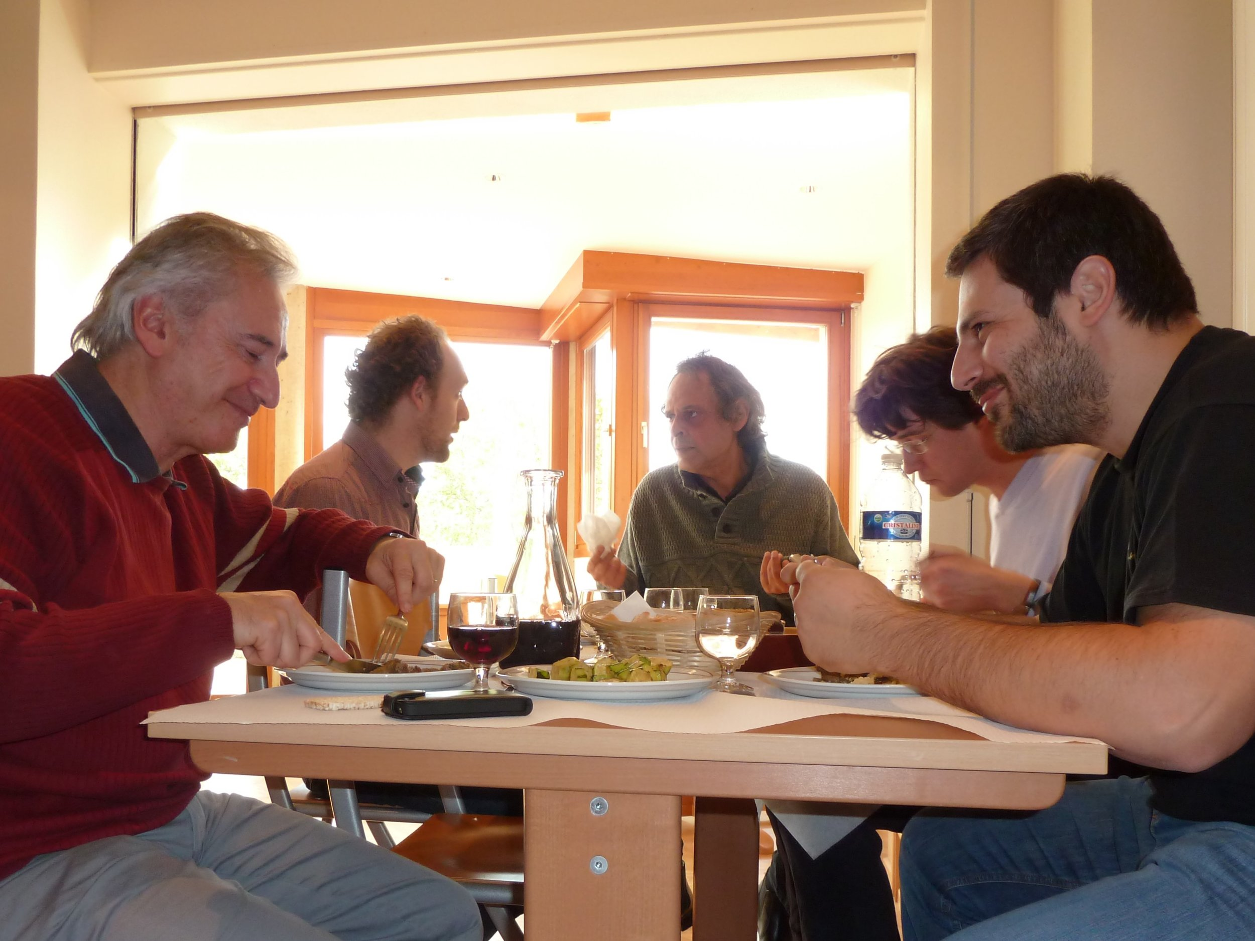 In October 2012 I was invited by Roland Dyens to Colmar, France, to speak about luthiery. Having lunch with French composer  Jean-Jacques Fimbel .