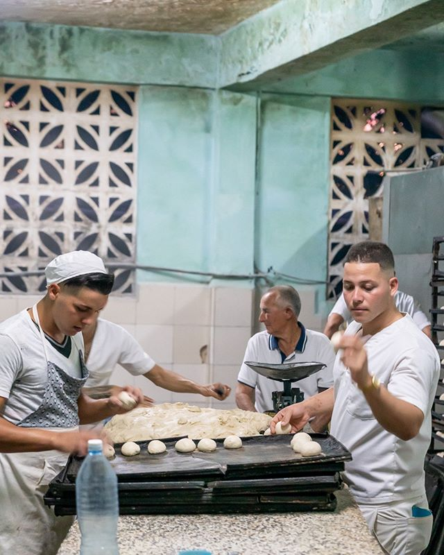 Bakers work the night to ensure there is bread the next morning. Not always a given in Vinales! . www.cubaphototravel.com Engage l Explore l Capture Follow: @cubaphototravel / Tag: #cubaphototravel . . . . . #Cuba #loves_cuba #vinales #photographyislife #keepexploring #theglobewanderer #exploretheworld #neverstopexploring #roamtheplanet #chasinglight #openmyworld #travelphotographer #traveldeeper #stayandwander #streetphotography #streetphotographers #streetphoto #photostreet #ig_street #wearethestreet #streetview  #streetleaks #ourstreets_