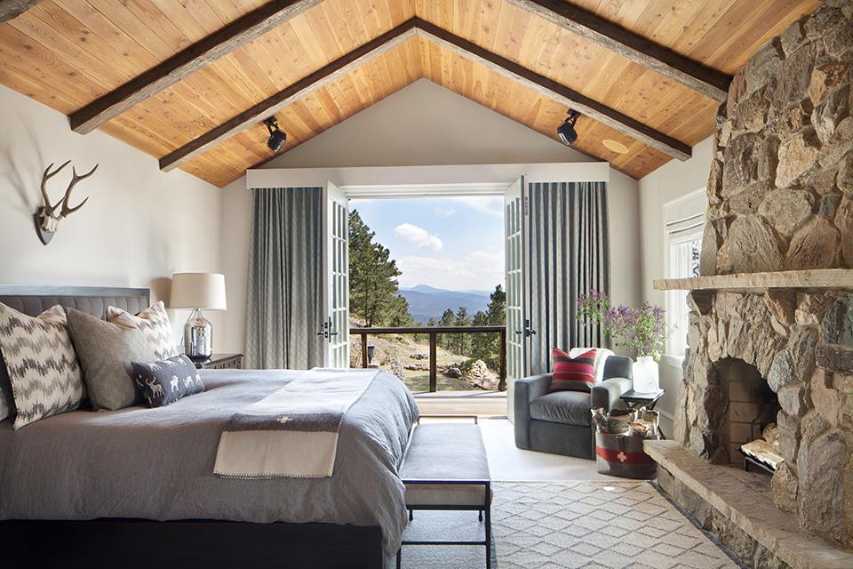 mountain-home-bedroom.jpg