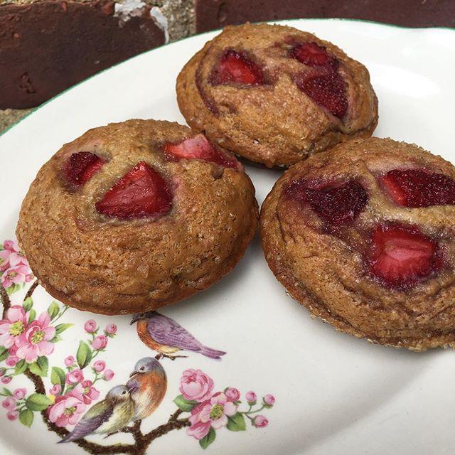 🍓Strawberry Banana Muffin Tops🍓 Always vegan and now soy free! . . . #vegan #cedarridgecafe #strawberry #banana #muffintops #veganmuffins