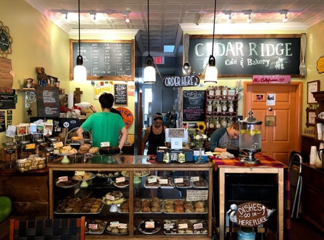 Come visit us today! We've got a case full of treats (most of them are vegan) and a couple of awesome chicken of the woods specials! Kitchens open til 3☕️