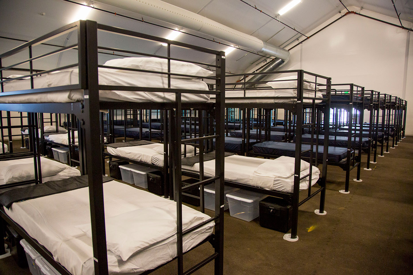 San Diego Shelters - 16th Street and Newton Avenue - operated by Alpha Project. Provides up to 325 beds for single adults. (619) 542-18772801 ½ Sports Arena Boulevard - operated by Veterans Village of San Diego. Provides up to 200 beds for Veterans. (619) 393-200014th and Commercial Street (8am-4pm) - operated by Father Joe's Villages. Provides up to 150 beds for families and single women. (619) 233-8500