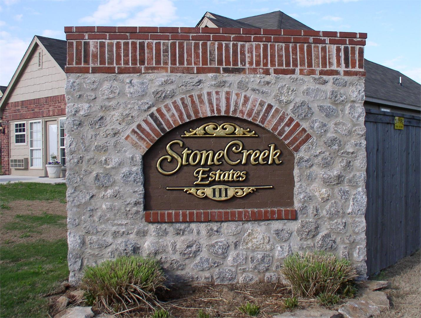 - Welcome home to Stone Creek Estates III where all of Tulsa is within easy reach. Located just 10 minutes from Tulsa Hills and 15 minutes from Downtown, Stone Creek Estates III gives you many options from the $170's. Custom floor plans are made to fit your desire for comfortable living at an affordable price. Perfect for growing families or those seeking to escape the rush of the city.