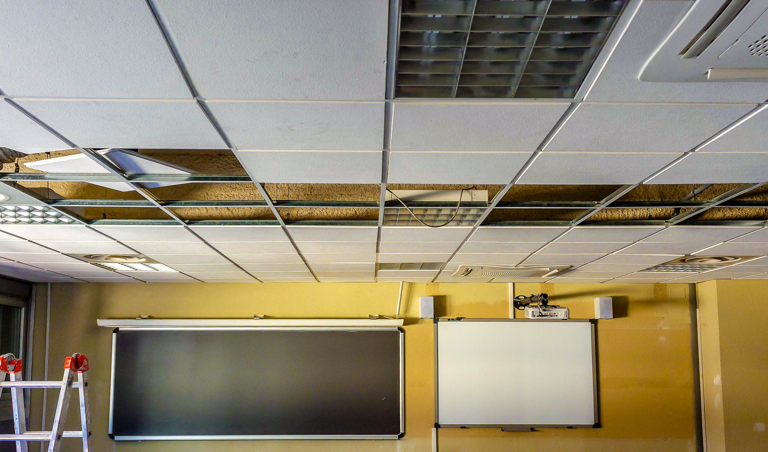 suspended ceiling installation | Custom Drywall ceiling contractor