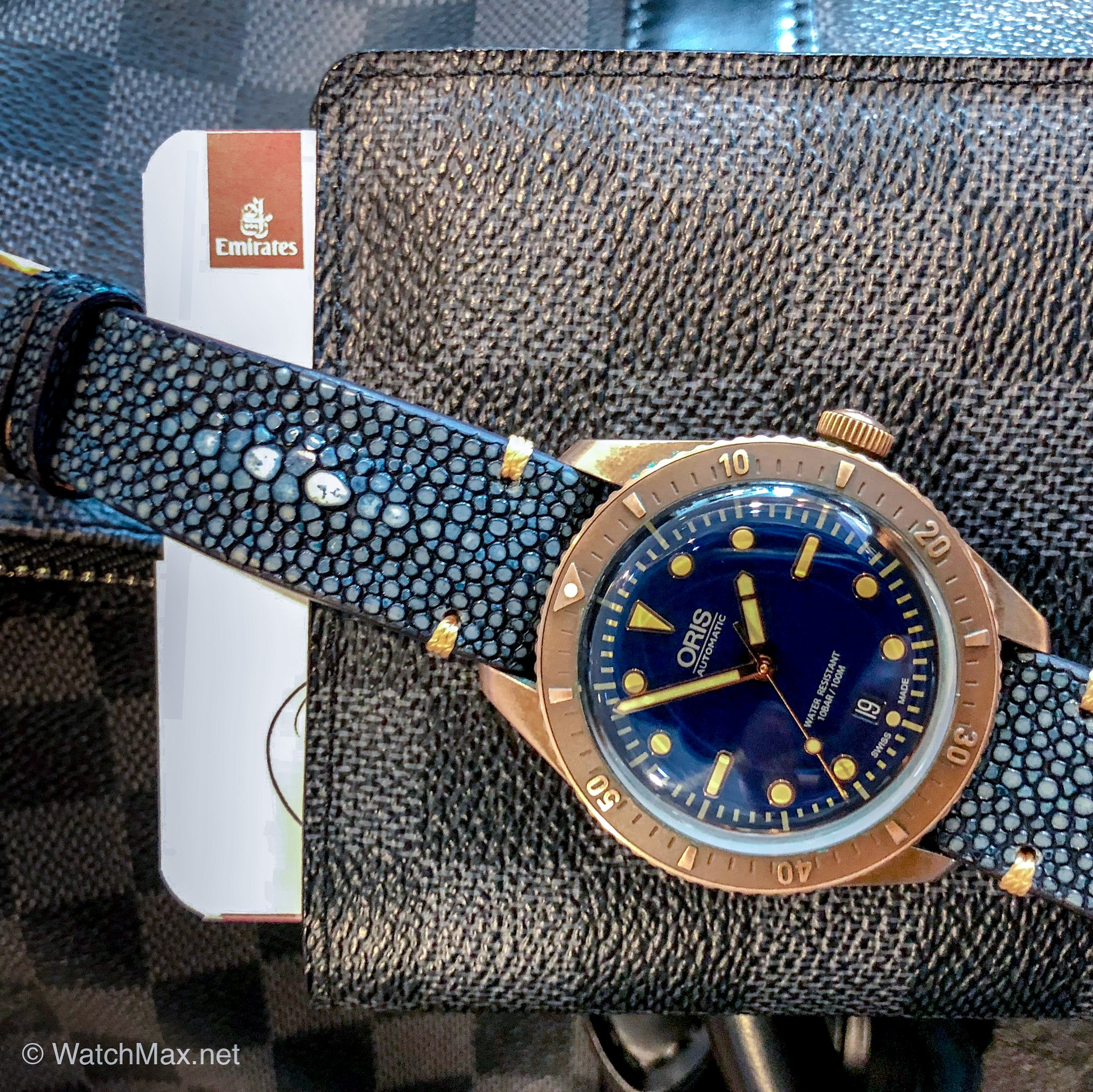oris-diver-sixtyfive-carl-brashear-limited-edition-63.jpg