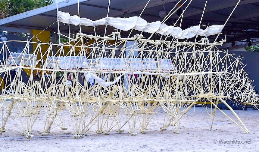 Theo Jansen 's  Strandbeests  from ArtBasel 2014 collaboration with AP