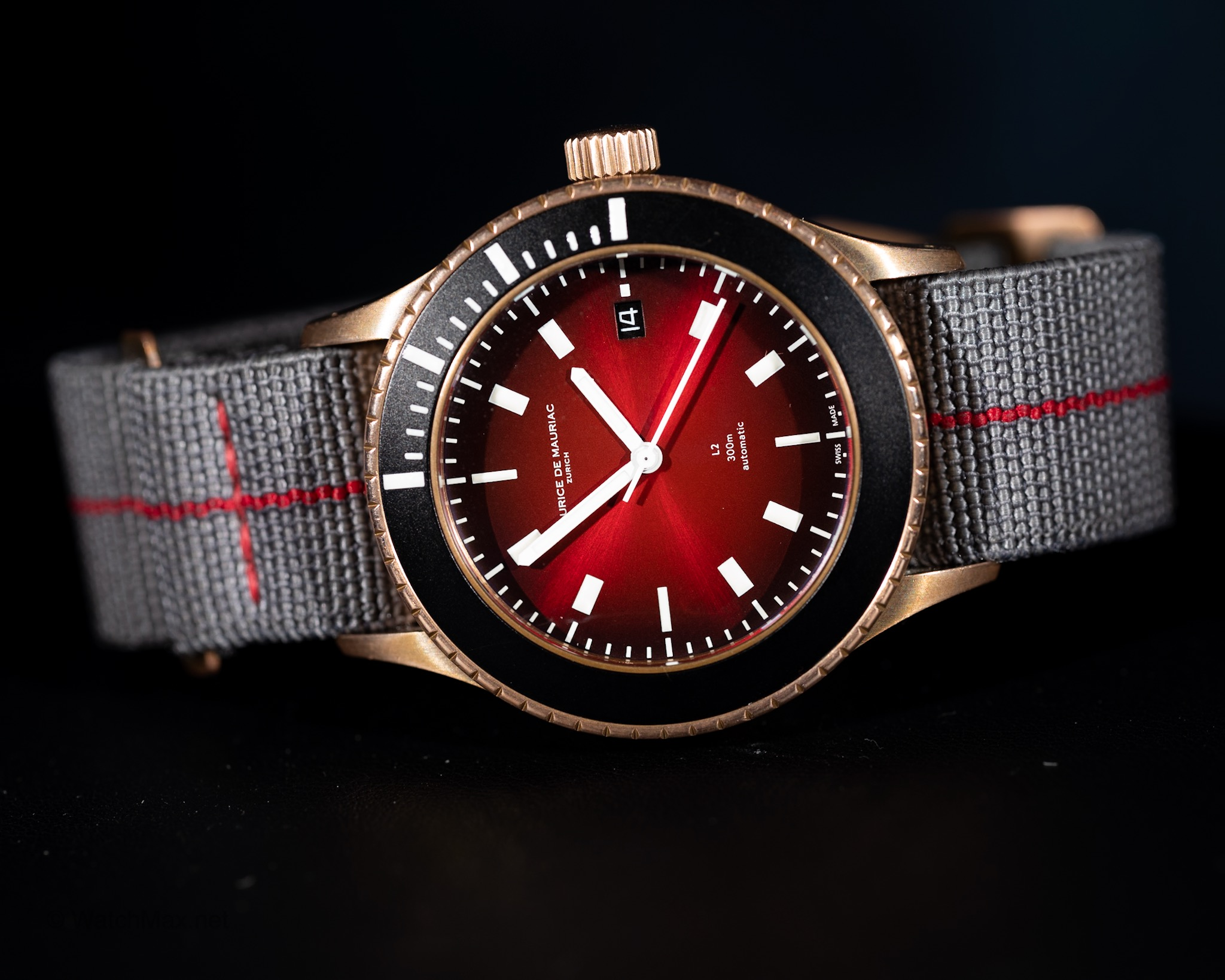 Maurice de Mauriac Diver L2 Bronze Deep Red on NATO