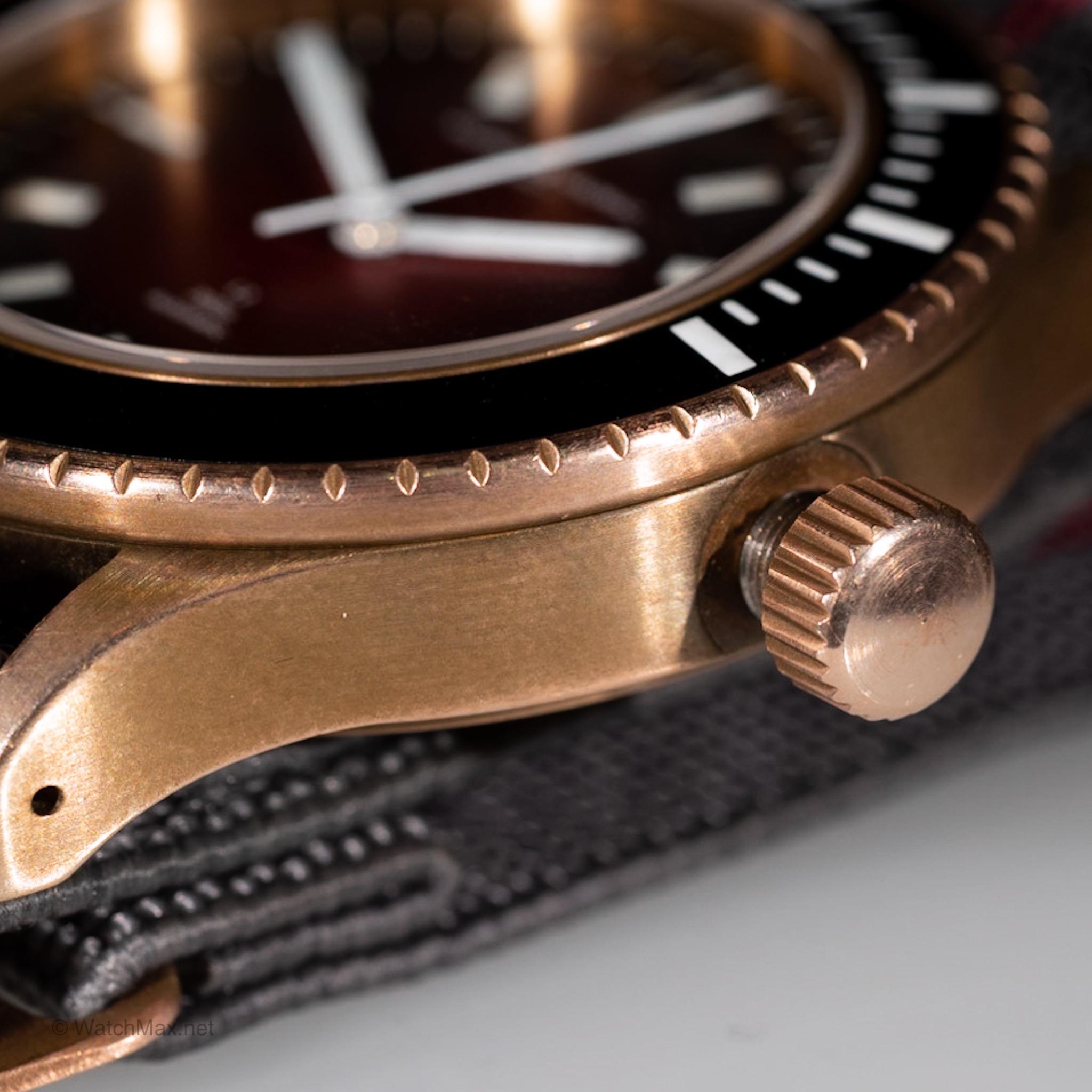 maurice-de-mauriac-l2-bronze-deep-red-8.JPG