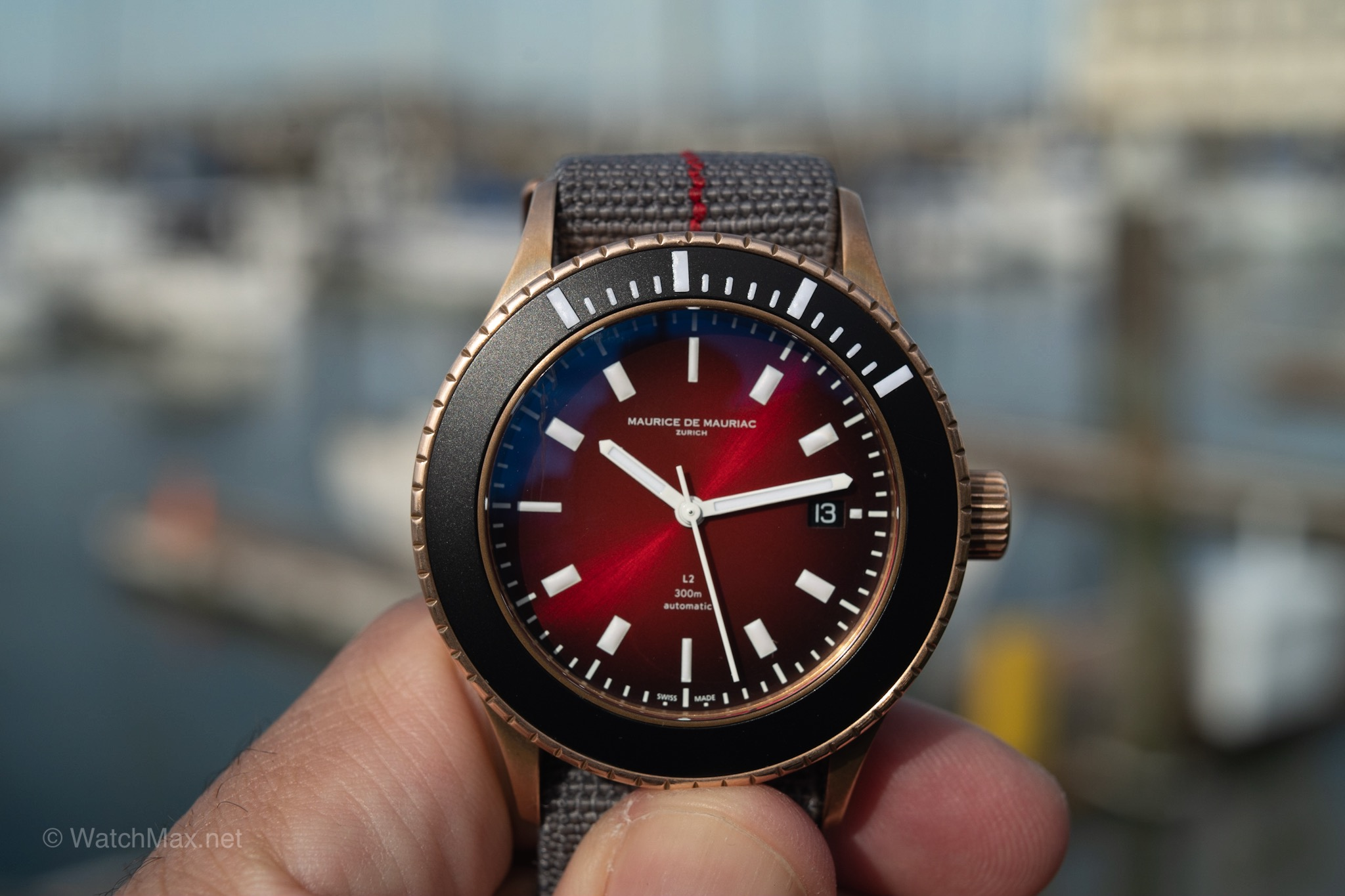 maurice-de-mauriac-l2-bronze-deep-red-27.JPG