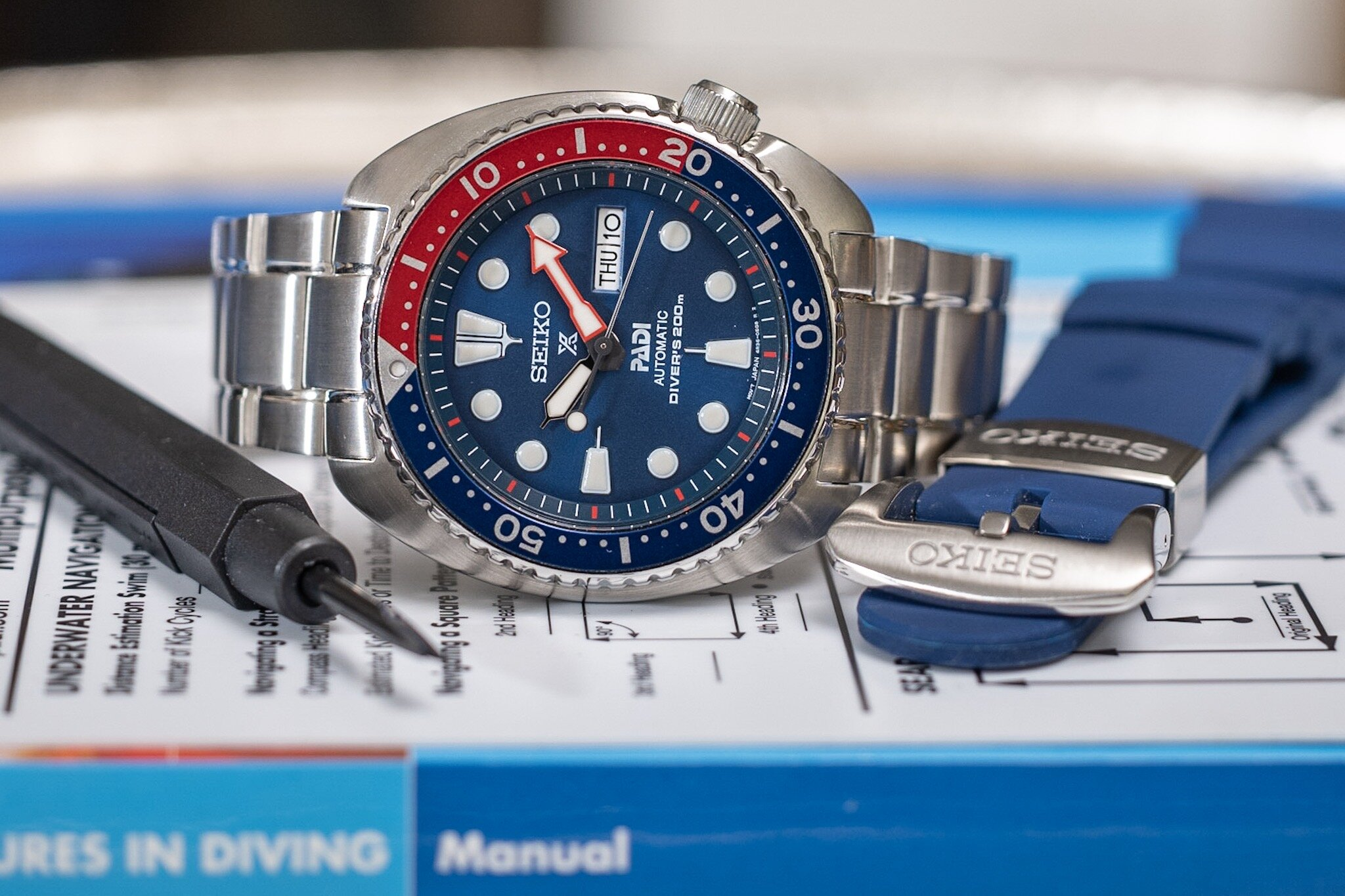 """Thoughts on my Seiko Prospex """"special edition"""" PADI SRPA21P9 - Read the in-depth review of the Seiko Prospex PADI. It has its quirks but it might be one of the best entry-level mechanical watches. Read more."""